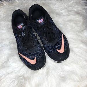 Nike FS Lite Run Sneakers